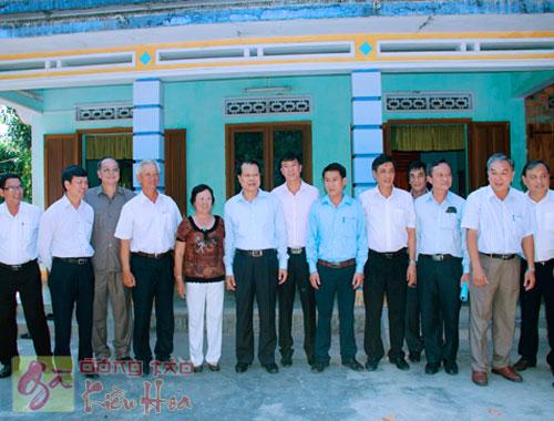 Phó Thủ Tướng thăm trại gà Kiều Hoa